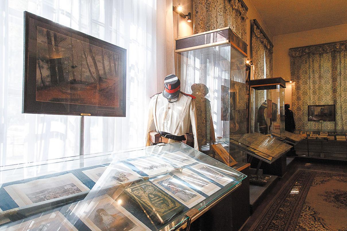 Музейный манекен в летней форме нижнего чина времен Русско-турецкой войны 1877–1878 годов. Фото: Александр Бурый